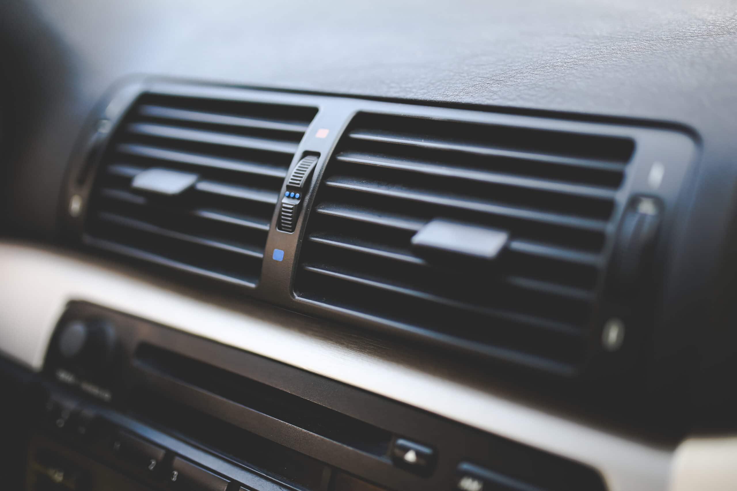 Saiba como realizar a limpeza de ar-condicionado de forma simples e fácil