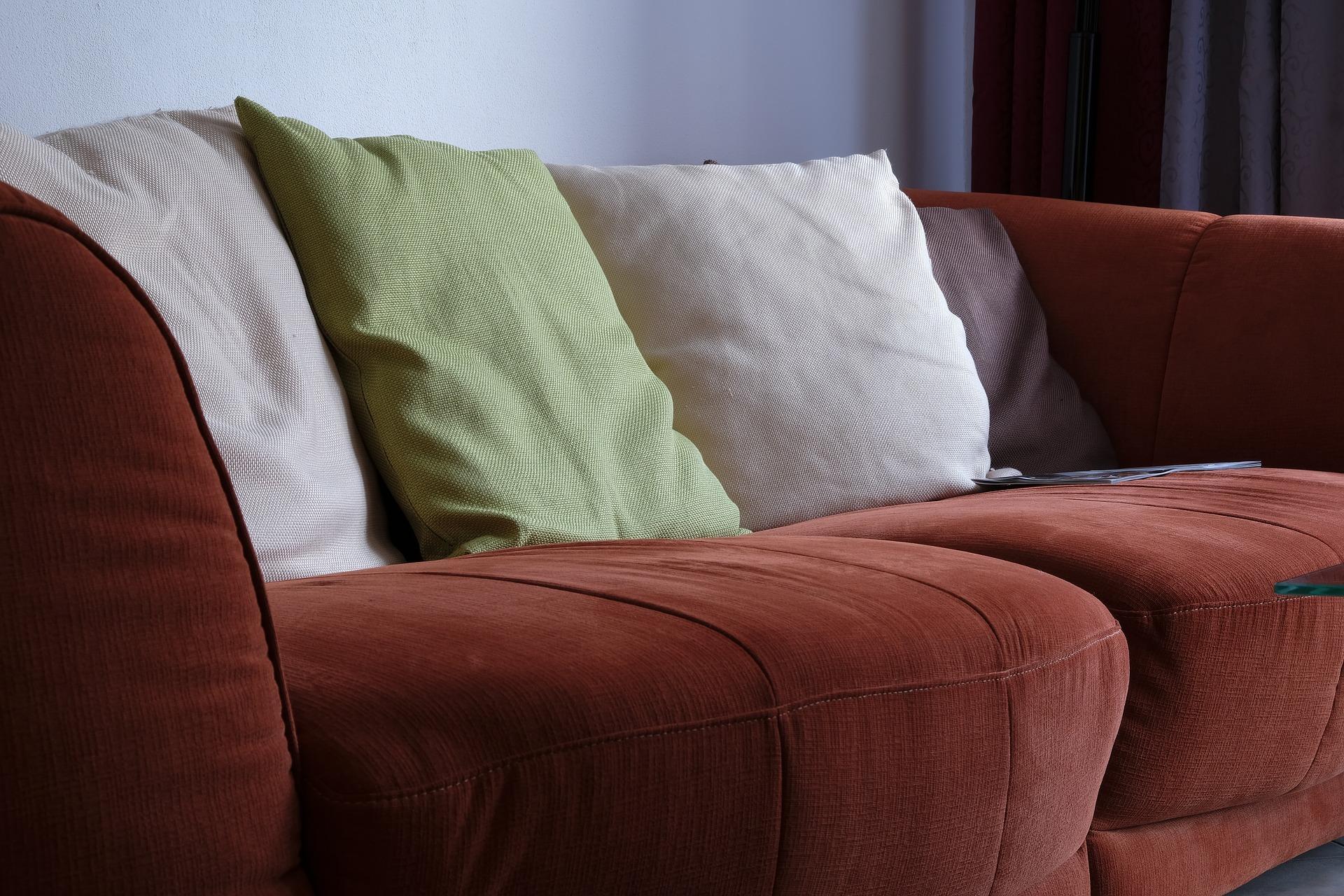 Lavar sofá em Cláudio é com a Acquazero! Veja por que fazer!