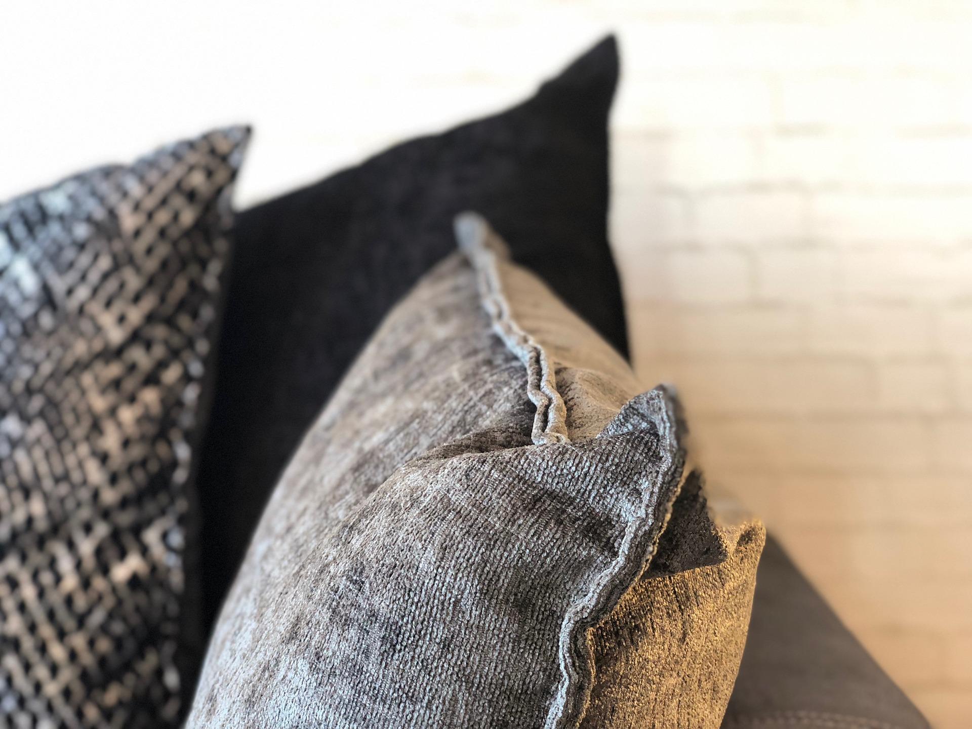 O segredo sobre limpar sofá em Januária: descubra agora!