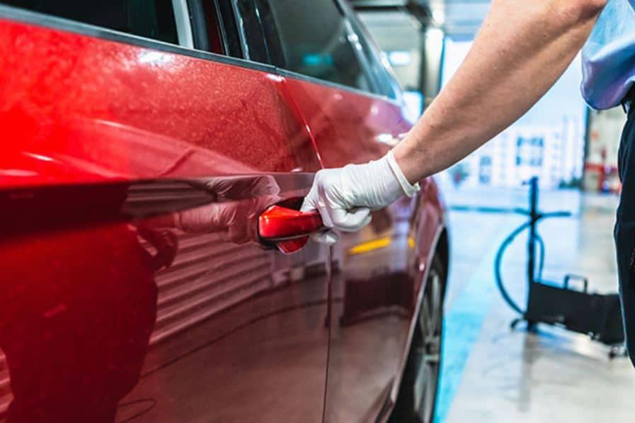 Lavar carro no Liberdade é na Acquazero! Veja nossos serviços!